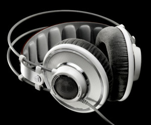 AKG-K701-Studio-Headphones-thumb-580x481