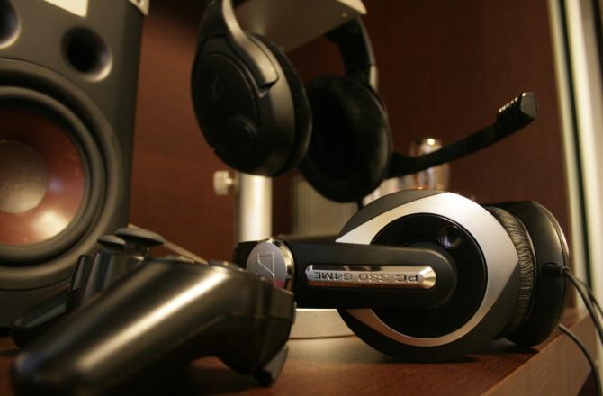 Subindo a escada dos headsets: Sennheisers PC330 e PC360