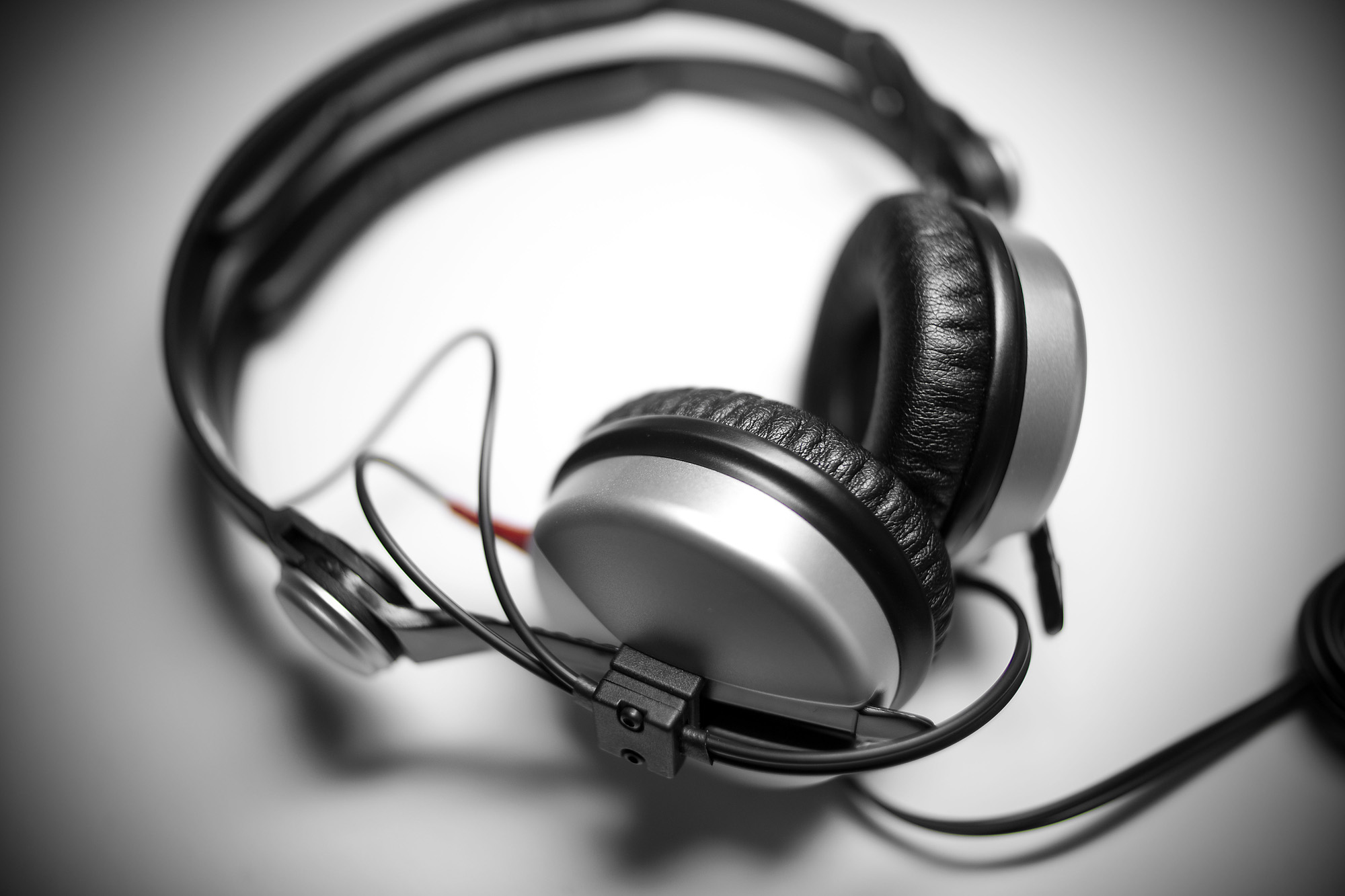 sennheiser hd 25 1 ii mind the headphone. Black Bedroom Furniture Sets. Home Design Ideas